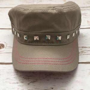 [Pugs Gear] Studded Cadet Hat